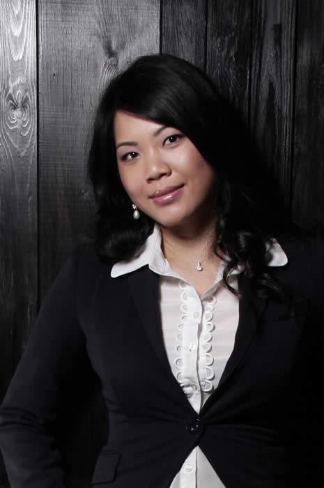 Mimi Zou